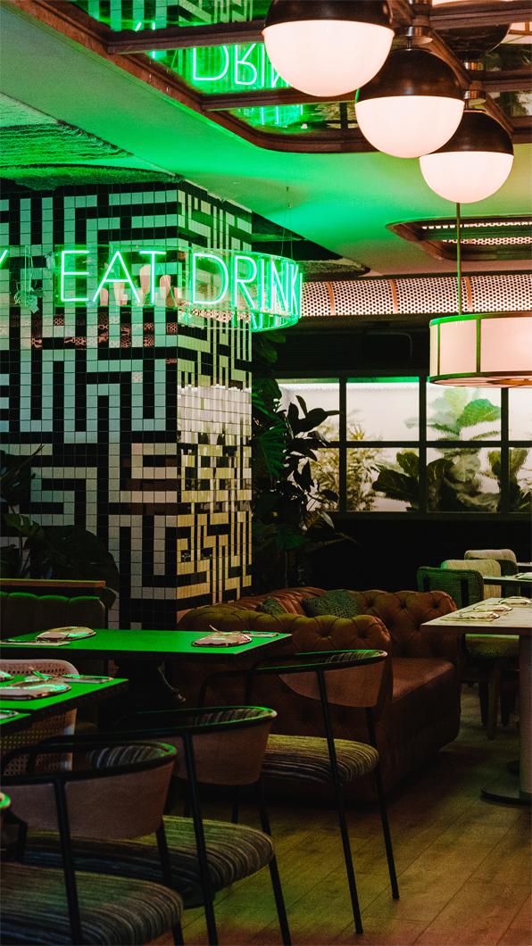 fotografia-interiores-restaurante-granvia55-madrid-decoracion-led-salon-interiorismo-diseño